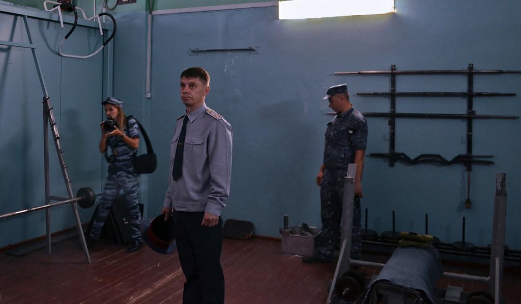 Начальник тюрьмы показал жизнь заключенных в Рассказовском районе