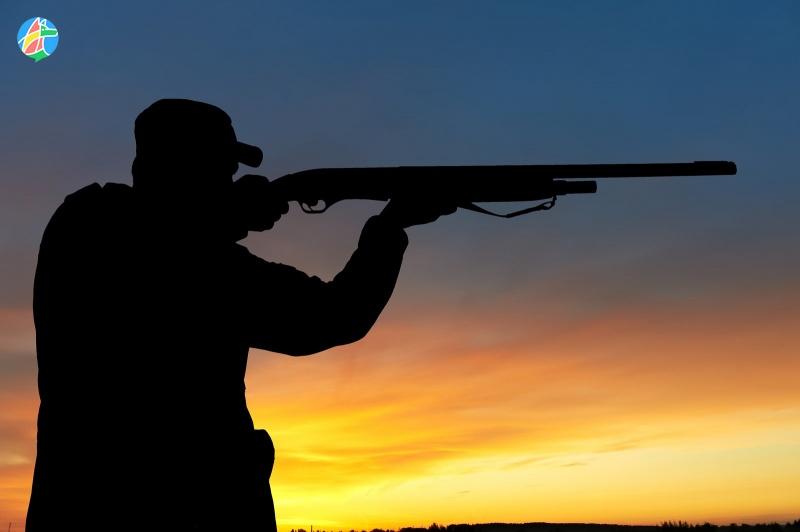 ВРассказово пенсионера отыскали застреленным наберегу реки